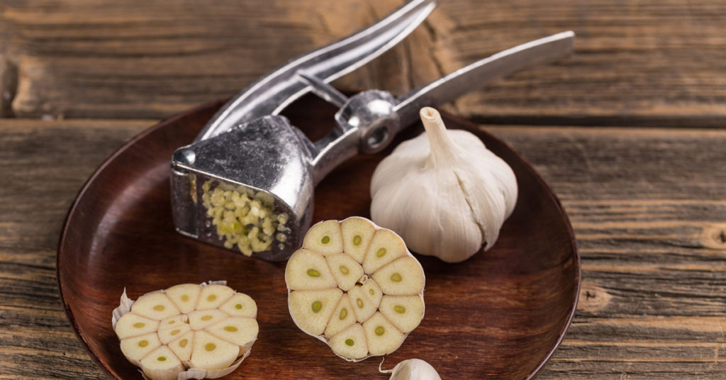 Why-is-it-Good-to-Eat-Raw-Garlic