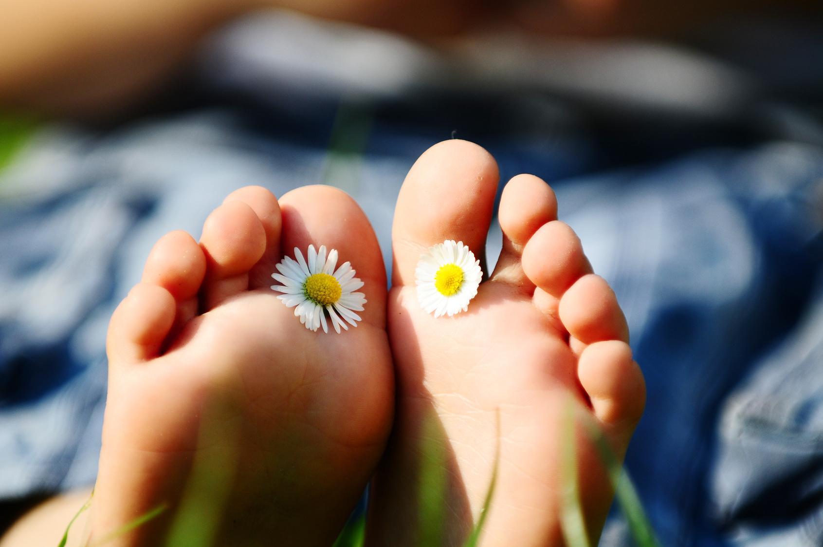 Flower power feet