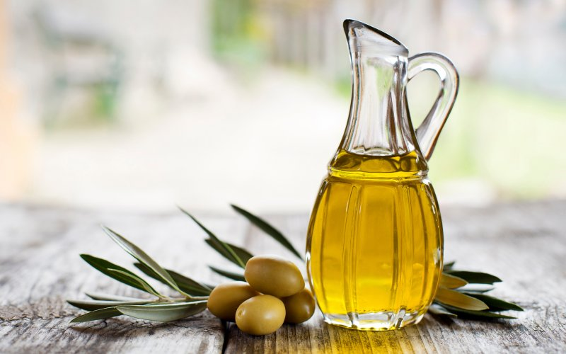 olive-oil-reduces-breast-cancer-risk