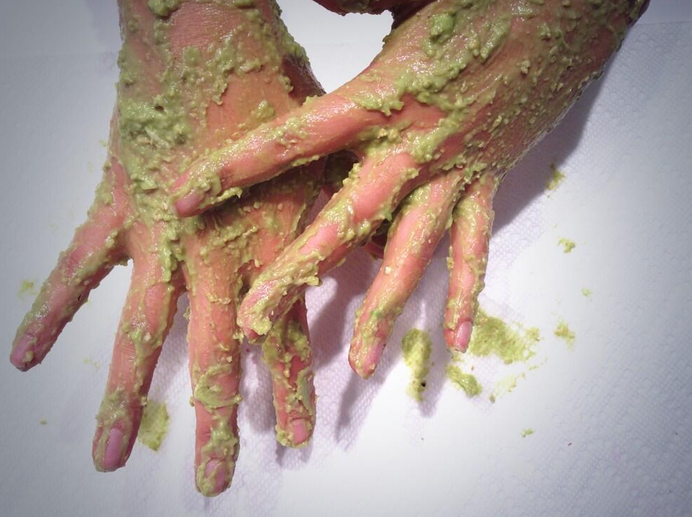 avocado-hand-mask