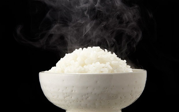 cooking-white-rice-in-oil-can-reduce-calories