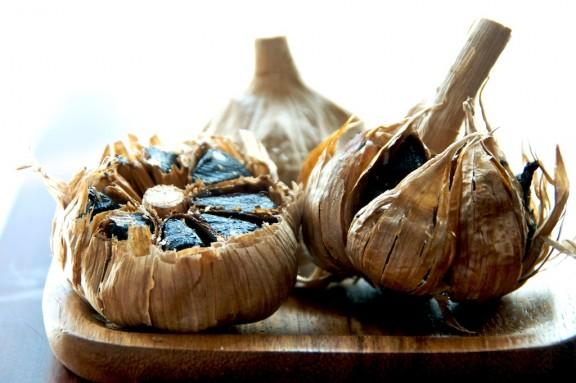 fermented-garlic