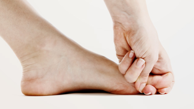 How to Quickly Stop Foot and Leg Cramps