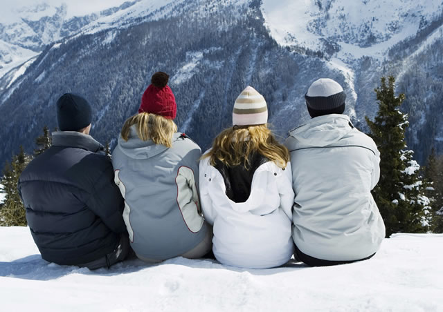 Ways-to-Stay-Warm-During-Winter