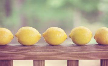 How to Flush Toxins Away Using Lemons