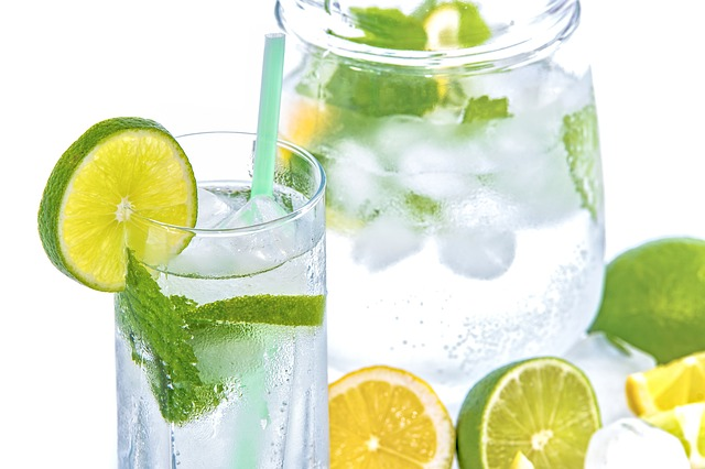 lemon water with turmeric