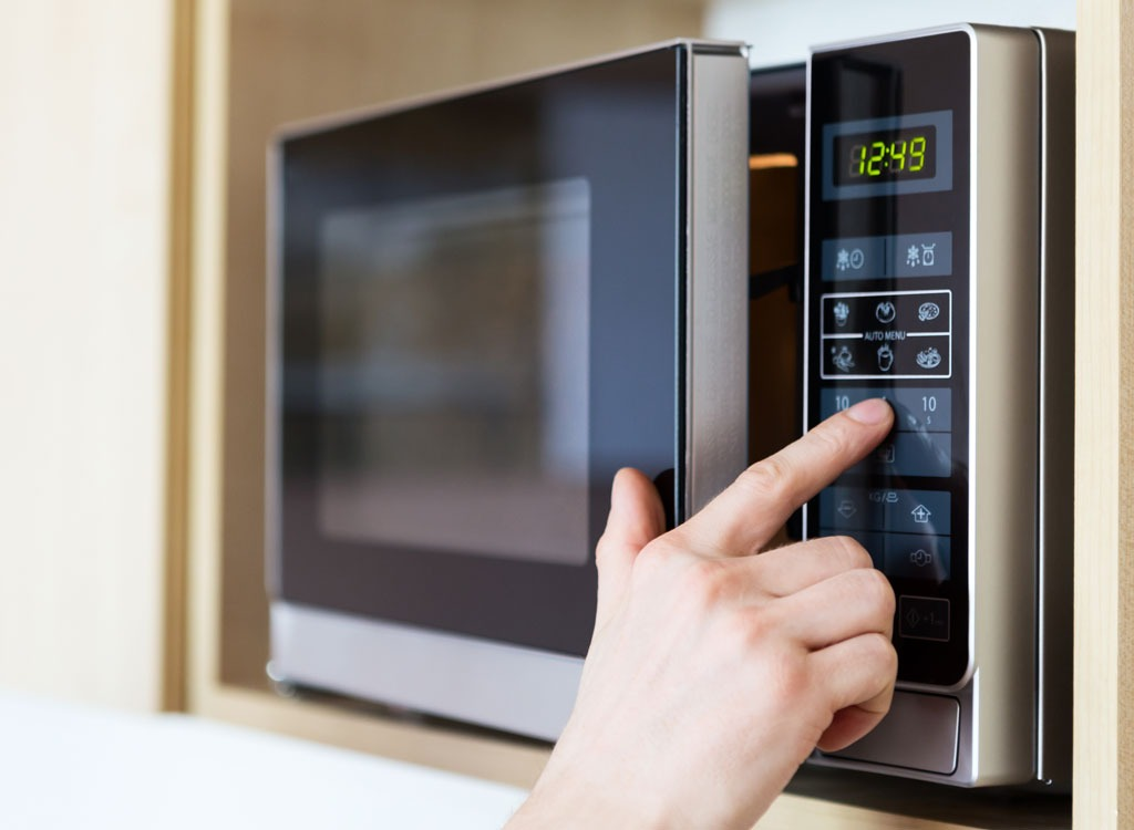 Microwave warning you should never reheat these 7 foods 1mhealthtips - Foods never reheat ...