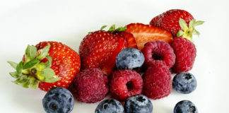 how to keep berries fresh