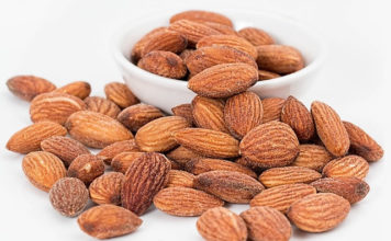 almonds to lower cholesterol
