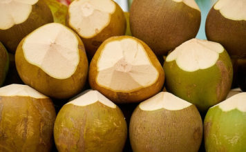the best time to drink coconut water