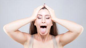 facial-yoga-tongue-out