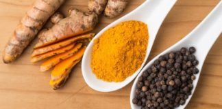Health-Benefits-Of-Turmeric-And-Black-Pepper