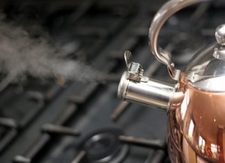 kettle-cleaning-hack