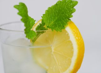 lemon-water benefits